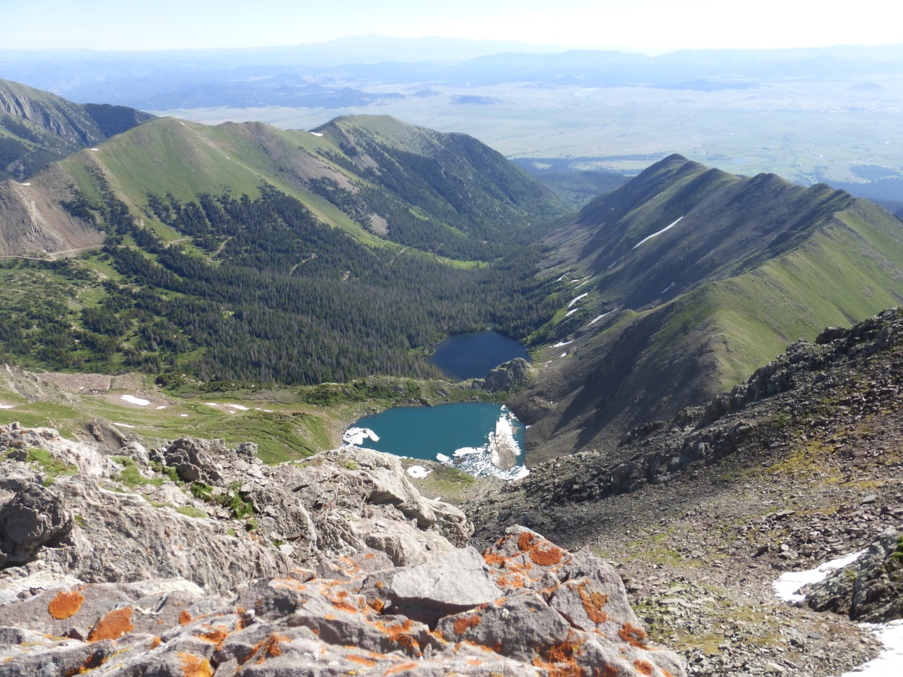 The view of Horseshoe and Hermit lakes from Eureka.
