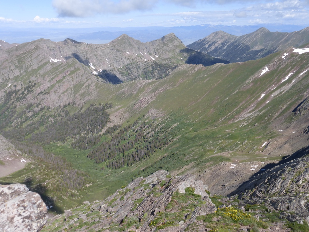 And here's our view across the valley west of Eureka to the Hermit-028 ridge.